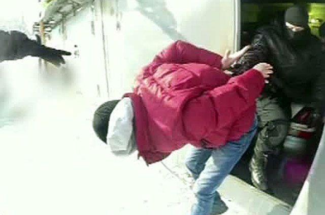 Под Ростовом убеспечного владельца угнали авто и вдруг разбили его