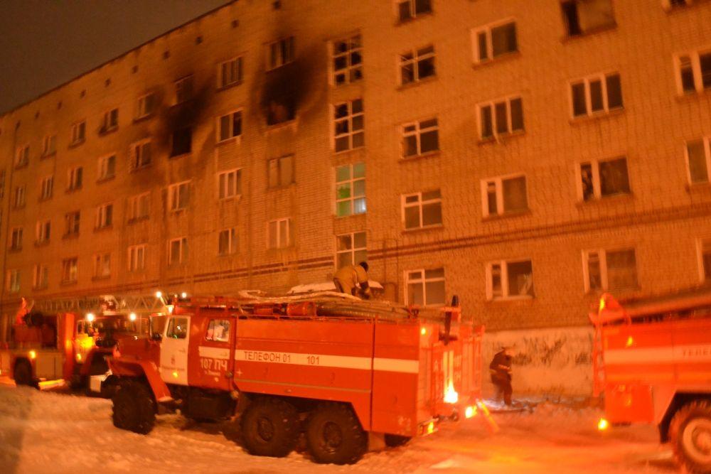 Площадь пожара составила 38 квадратных метра.