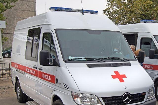 Больнице Балтийска передали две новые машины «Скорой помощи».