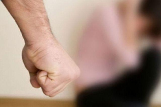 В Днепре неизвестный напал на девочку, которая возвращалась с тренировки