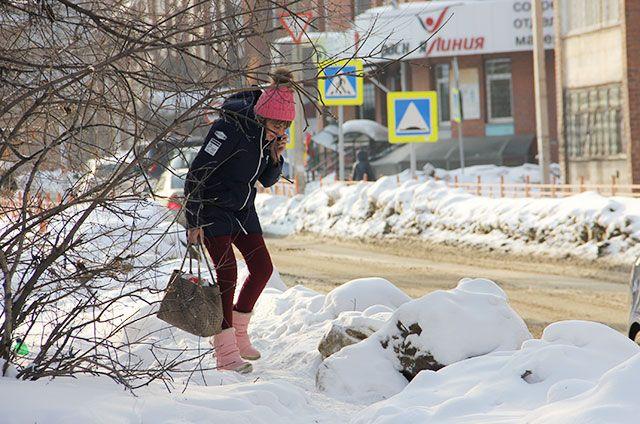 Когда вывезут снег с улиц Иркутска - вопрос открытый.