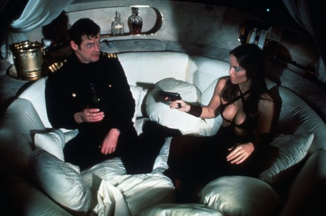 Скончался кинорежиссер знаменитых фильмов оДжеймсе Бонде