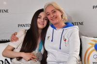 Евгения Медведева с мамой Жанной.