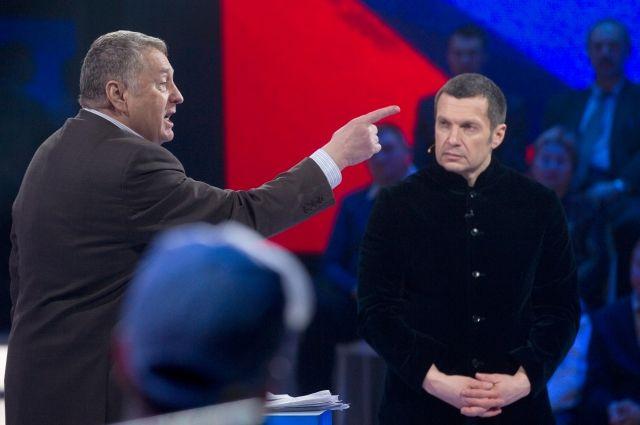 Жириновский иСобчак снова устроили перепалку надебатах