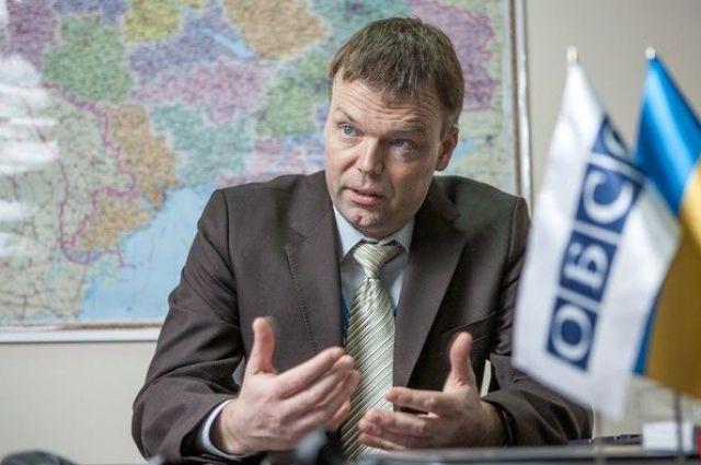 Хуг: ОБСЕ считает, что ВСУ нарушили условия отведения вооружений