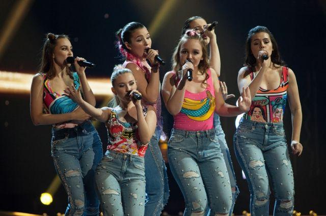 «Elens group» - это молодые яркие девушки, которые давно профессионально занимаются музыкой.