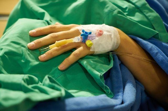 Пациент чувствует приток тепла к руке, мучившая боль отступила