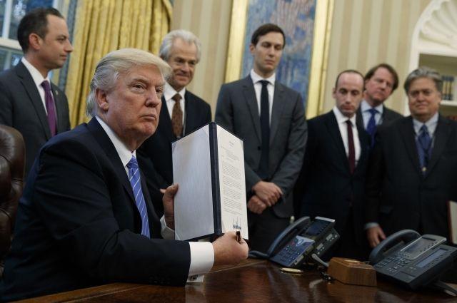 Трамп анонсировал введение тотальных пошлин наввоз стали иалюминия