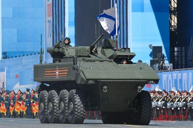 В России разработают новый танк на колесной платформе «Бумеранг»