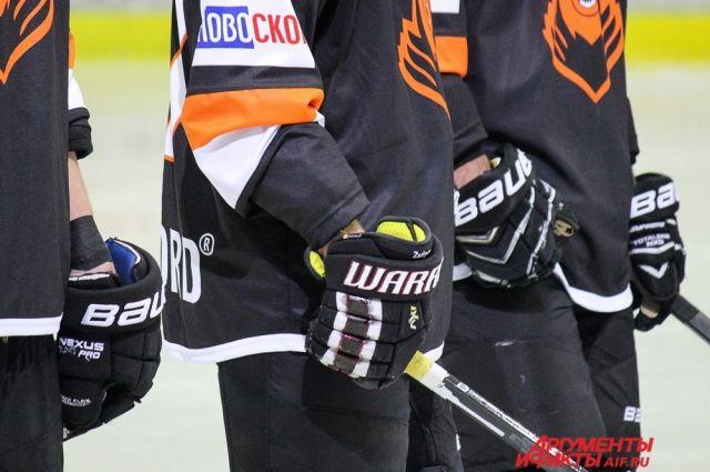 Пермские хоккеисты дали бой чемпиону регулярного сезона ВХЛ.