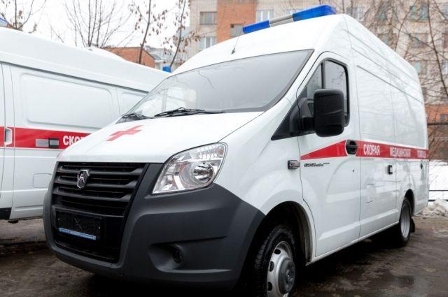 Один человек умер при столкновении снегоуборщика иавтобуса вПодмосковье
