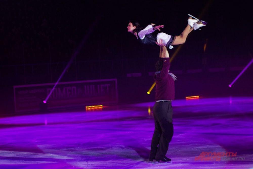 Пару Мария Петрова и Алексей Тихонов встречали бурными овациями