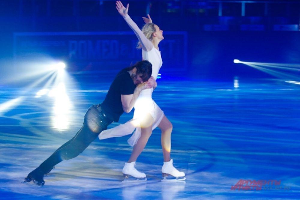За 13 лет существования шоу Ильи Авербуха были созданы грандиозные и уникальные ледовые шоу с участием звезд мирового фигурного катания, которые посмотрели миллионы человек по всему миру