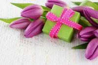 Топ-10 подарков на 8 марта: мужской взгляд