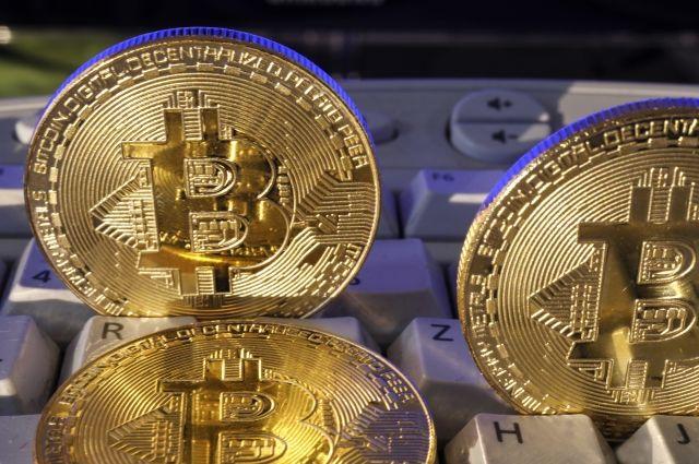 Курс биткоина вырос до 11,5 тысячи долларов