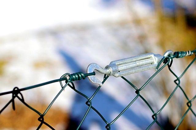 Власти Польши построят забор на границе с Калининградской областью.