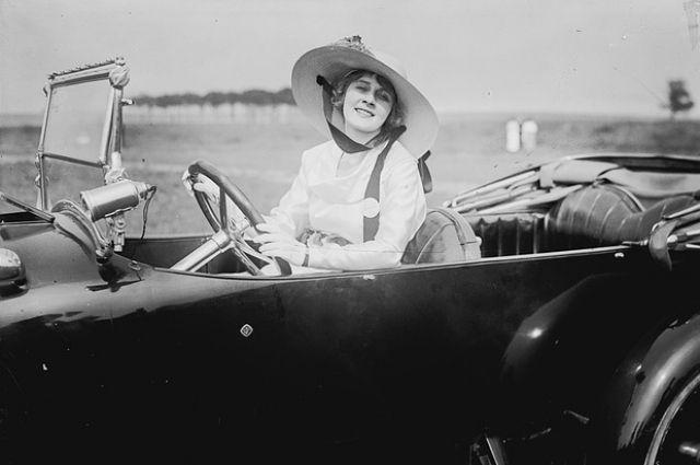 В вождении женщины порой могут дать фору мужчинам.