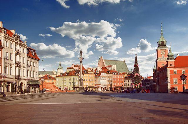 «Верх цинизма». Зачем Польша перекраивает историю Второй мировой?