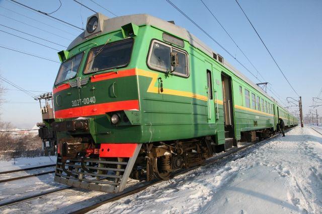 В Омской области изменят расписание электричек из-за праздников.