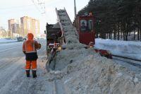 К середине марта из областного центра вывезут 1 млн кубометров снега.