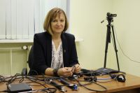 На столе у пермского полиграфолога Светланы Томилиной прибор и датчики для проведения проверки на детекторе лжи.