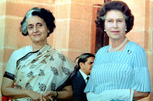 Премьер-министр Индии Индира Ганди и британская королева Елизавета II