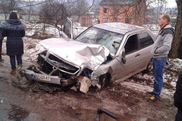 В Закарпатской области водитель машины на высокой скорости сбил ребенка