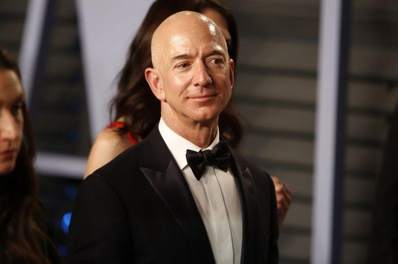1-е место: Джефф Безос, Amazon.com.