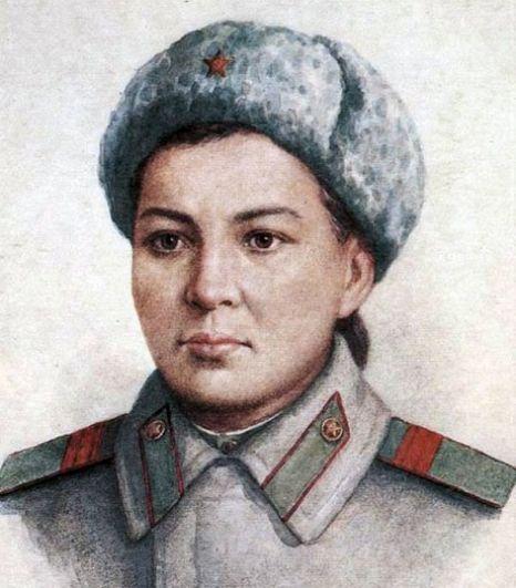 Маншук Маметова. В 19 лет Маншук, до войны работавшая секретарём заместителя Председателя Совнаркома Казахской ССР, стала писарем штаба 100-й Казахской отдельной стрелковой бригады. На фронте освоила профессию медсестры, а затем окончила курсы пулеметчиков. 15 октября 1943 года в тяжёлых боях за освобождение города Невеля при обороне господствующей высоты, оставшись одна из пулемётного расчёта, будучи тяжело ранена осколком в голову, уничтожила 70 гитлеровцев и погибла смертью храбрых. 1 марта 1944 года ей посмертно было присвоено звание Героя Советского Союза.