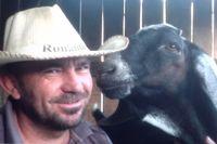 Эдуард Нигматуллин с козлом нубийской породы