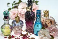 В Ишиме парень украл из магазина парфюмерную продукцию