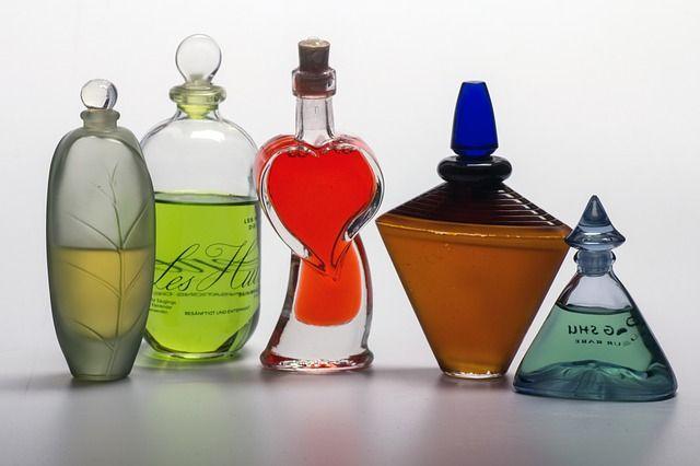 Изъятый парфюм возвращён владельцам.