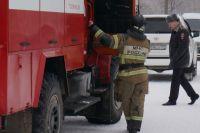 Спасатели два часа тушили пожар.
