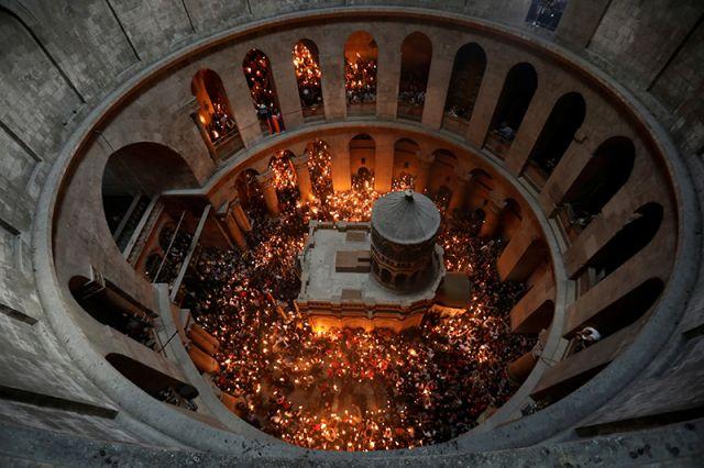 В РПЦ прокомментировали слова армянского священника о Благодатном огне