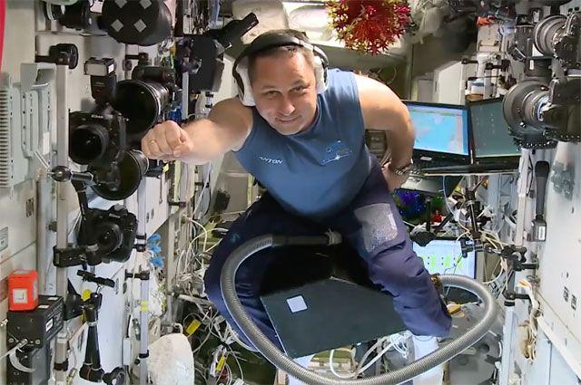 Оренбург попал в объектив фотокамеры космонавта Антона Шкаплерова.