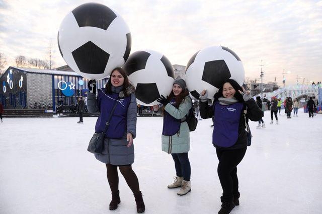Московские студентки иногда «фанатеют» похлеще мужчин.