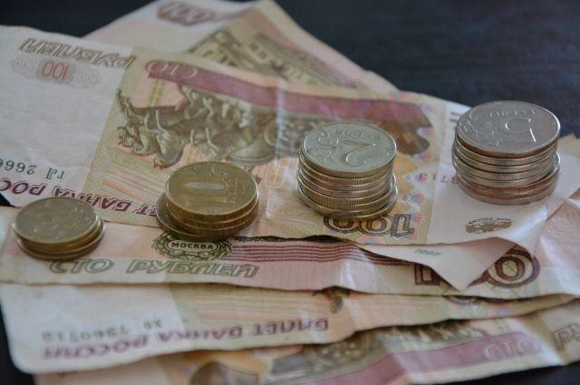 Средняя зарплата в Перми по сравнению с прошлогодней увеличилась на 1,6 тысячи рублей и составила 32 331 рубль в месяц.