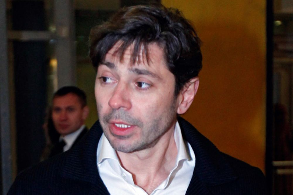 Валерий Николаев.  Знаменитый «Буржуй» окончил курс Табакова в 1990 году, а перед этим сыграл в нескольких спектаклях «Табакерки».
