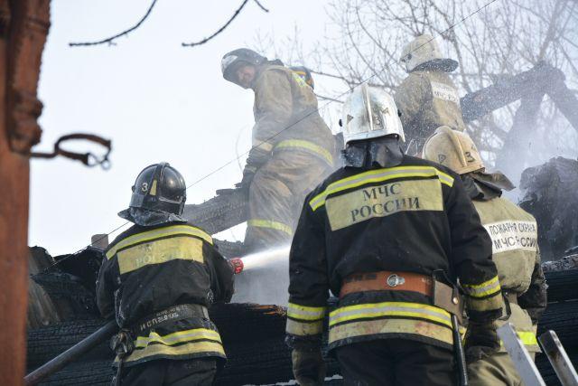 Площадь пожара составила 122 квадратных метра.
