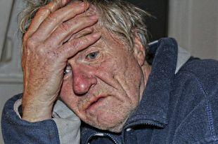 Коммерсанты проникают в квартиры пожилых и продают им чудо-приборы «от всех болезней».