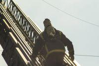 Ребенка эвакуировали пожарные.