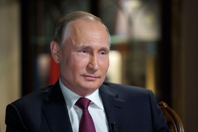 Путин рассказал, что чуть не стал таксистом в Петербурге