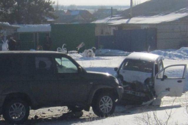 В Акбулаке в ДТП с «УАЗ Патриот» пострадал водитель Daewoo.