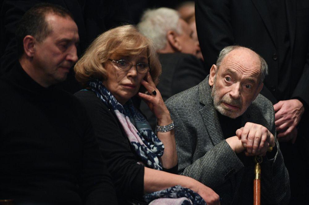 Актер Валентин Гафт и его супруга актриса Ольга Остроумова.