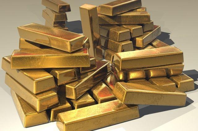 Выпавшее из самолета в Якутске золото оценили в 122 миллиона долларов