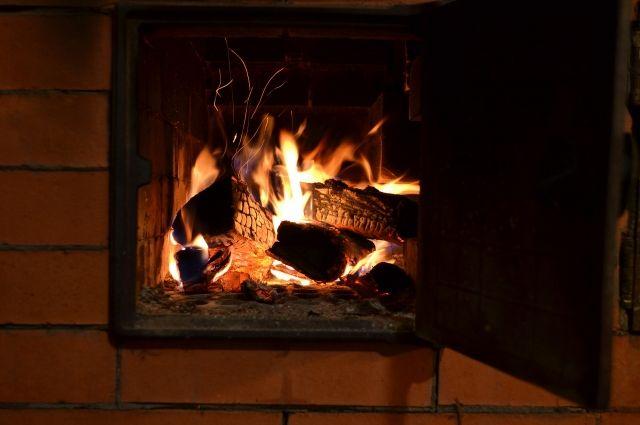 В XXI веке не стоит топить дровами.