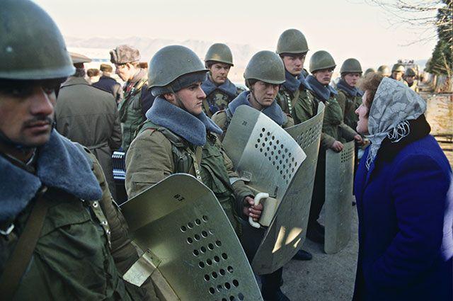 AиФ: Карабахский конфликт начался с погромов армян в родном селе маршала Баграмяна