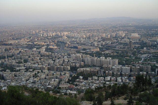 Не менее 13 человек пострадали при обстреле Дамаска боевиками