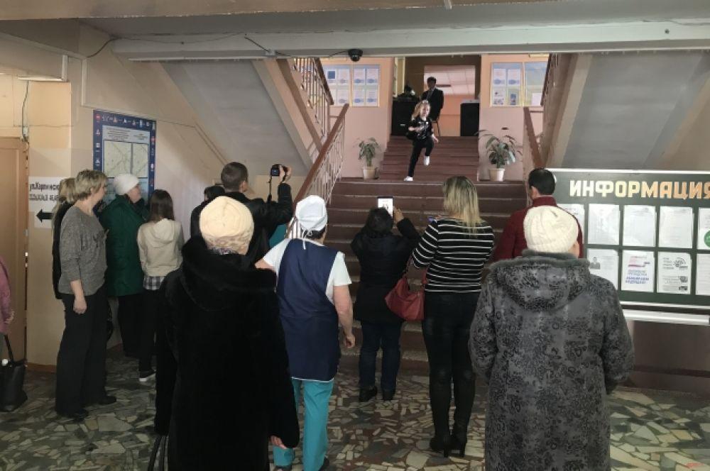 практически на каждом избирательном участке были организованы концертные программы.