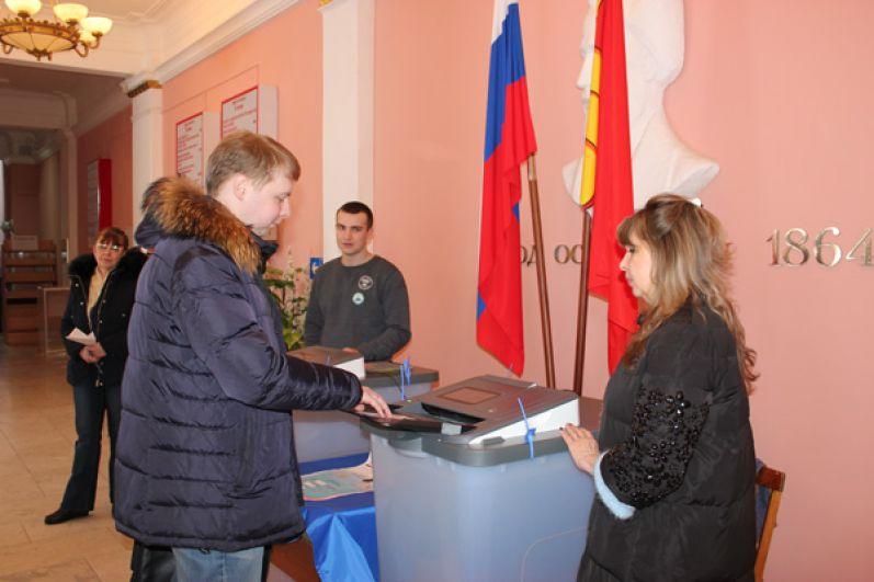 В Воронежской области явка на 15 часов превысила 40%.